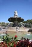 Springbrunn i Aixen Provence Arkivfoton
