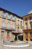 Springbrunn i Aixen Provence Arkivbilder