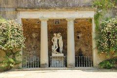 Springbrunn i de Boboli trädgårdarna florence italy royaltyfri foto