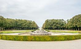 Springbrunn i den Herrenchiemsee slotten i Tyskland Arkivfoton