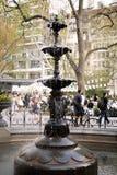 Springbrunn i Madison Square Park, New York City Fotografering för Bildbyråer