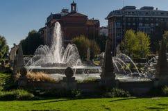 Springbrunn i Milan Arkivbild