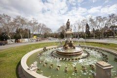 Springbrunn i mitten av Barcelona i Spanien Royaltyfri Fotografi