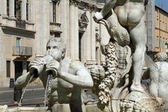 Springbrunn i piazza Navona i Rome, Italien Arkivbilder