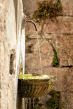 Springbrunn i Visso Italien Royaltyfri Fotografi
