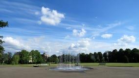 Springbrunn i Volkspark Enschede Royaltyfria Bilder