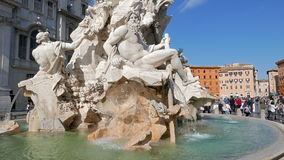 springbrunn neptune Piazza Navona, Rome, Italien - lager videofilmer