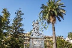 Springbrunn och monument till amerikansk frihet på plazaen de Armas Square - Santiago, Chile arkivbilder