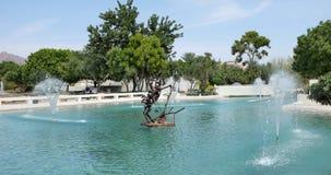 Springbrunn och skulptur Scottsdale Royaltyfri Foto