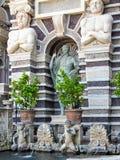 Springbrunn och statyer, Tivoli, Italien Royaltyfri Foto