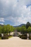 Springbrunn och trädgårdar i La Granja de San Ildefonso Arkivbilder
