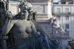 Springbrunn på den Rossio fyrkanten Royaltyfri Bild