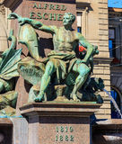 Springbrunn på källaren av monumentet till Alfred Escher i Zur Royaltyfri Bild