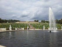 Springbrunn på Sanssouci Fotografering för Bildbyråer