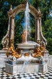 Springbrunn på slottträdgårdar av La Granja de san Ildefons Royaltyfri Foto