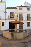 Springbrunn Plaza del Potro i Cordoba Arkivbilder