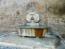 springbrunn rome Arkivfoto
