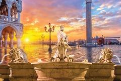 Springbrunn Rome, Italien Arkivbilder