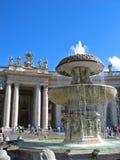 springbrunn vatican Royaltyfri Bild