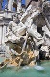 Springbrunn vid Bernini - den Navona fyrkanten Arkivbilder