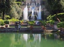Springbrunn villad'Este, Tivoli, Italien Royaltyfri Bild