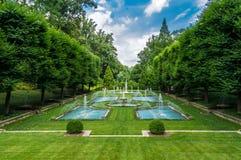 Springbrunnar för Longwood trädgårdvatten royaltyfria bilder