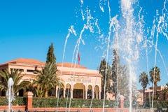 Springbrunnar framme av slottkongressen i Ouarzazate Marocko Arkivfoto