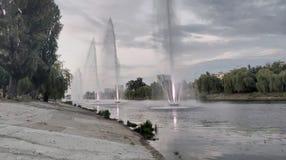 springbrunnar på Rusanivka Kiev Ukraina royaltyfri fotografi
