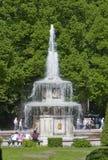 Springbrunnarna av Peterghoff Royaltyfri Fotografi