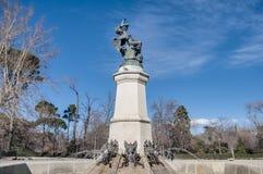 Springbrunnen av den stupade ängeln i Madrid, Spanien. Royaltyfri Foto