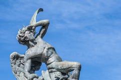 Springbrunnen av den stupade ängeln i Madrid, Spanien. Royaltyfri Bild