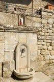 Springbrunnen av heligt vatten i Castel San Niccolo, Tuscany Royaltyfria Foton