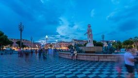 Springbrunnen du Soleil på ställeMassena den fyrkantiga trevliga dagen till natttimelapse, franska Riviera, ` Azur, Frankrike för arkivfilmer