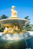 Springbrunnen med gudinnan av navigering i havsporten av S Royaltyfria Foton