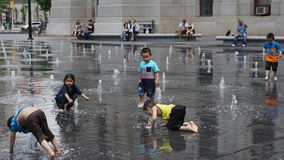 Springbrunnen på Dilworth parkerar i Philadelphia royaltyfri foto