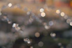 Springbrunnfärgstänk ut ur fokus Arkivfoto