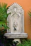 Springbrunnfoto för vattendrink i antik stil Royaltyfria Foton