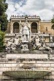 springbrunngudinna rome Royaltyfri Bild