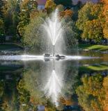 springbrunnreflexion Royaltyfri Foto