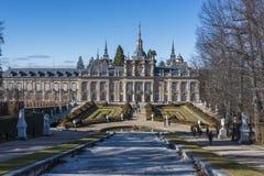 Springbrunnträdgårdar och slott av San Ildefonso fotografering för bildbyråer