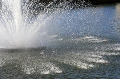 springbrunnvatten Arkivbilder