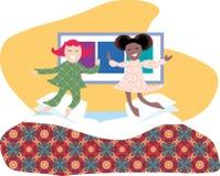Springen auf das Bett Lizenzfreie Stockbilder