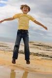 Springen Sie für Spaß Lizenzfreie Stockfotos