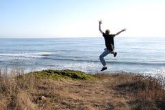 Springen Sie weg von einer Klippe Lizenzfreies Stockfoto