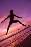 Springen in Unschärfe Lizenzfreie Stockfotografie