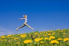 Springende Frau Stockbilder