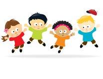 Springende Kinder - multiethnisch Stockbild