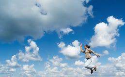Springende Männer Stockbild