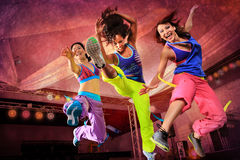 Springende meisjes royalty-vrije stock fotografie