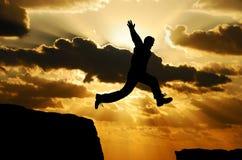 Springende mens royalty-vrije stock afbeelding